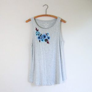 AEO gray floral embroidered tank top